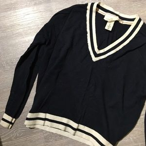 ✨ 2 For $20 | H&M Vee-Neck Sweater